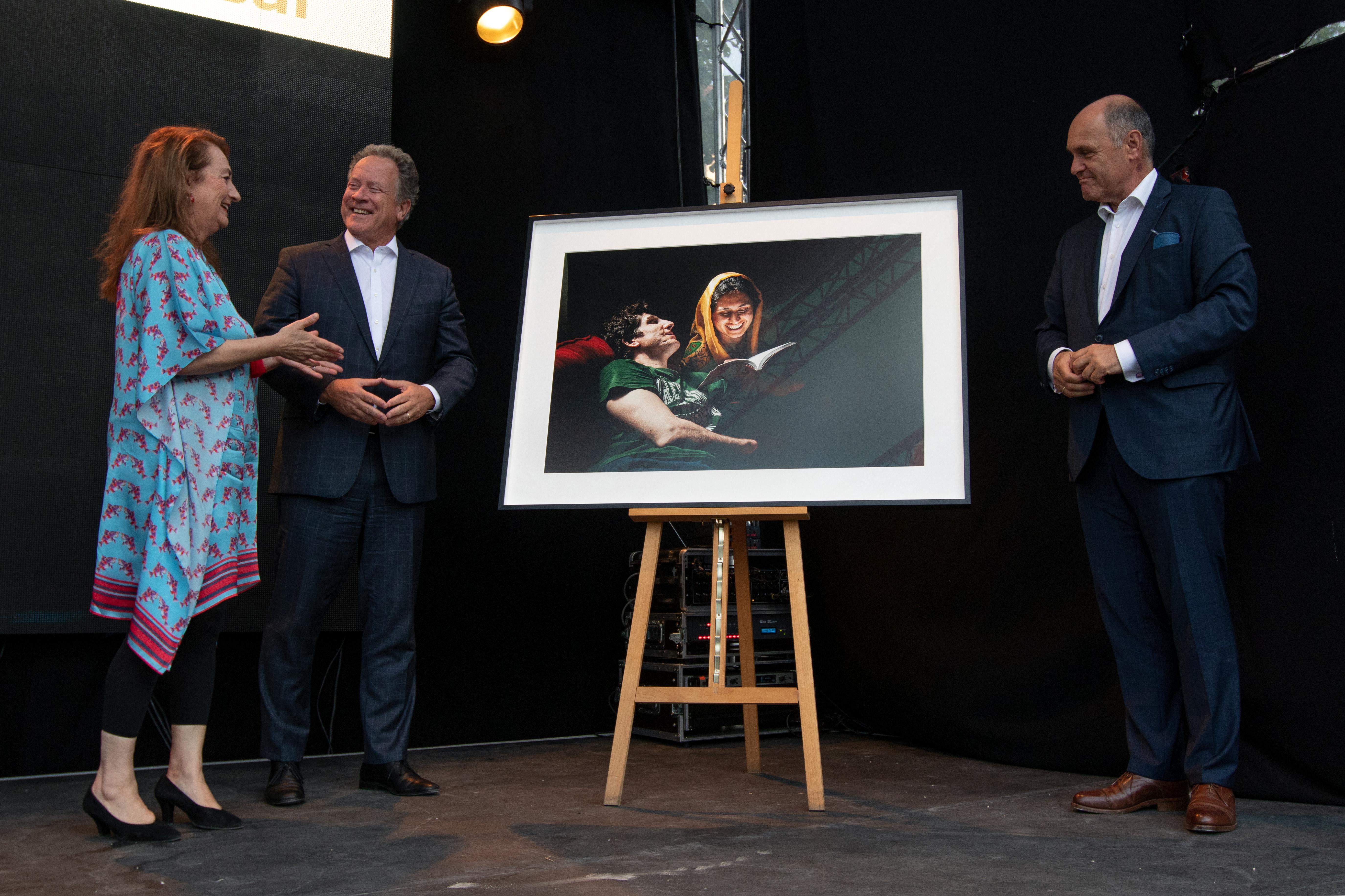 Iranian photographer Sasan Moayyedi wins the Global Peace Photo Award